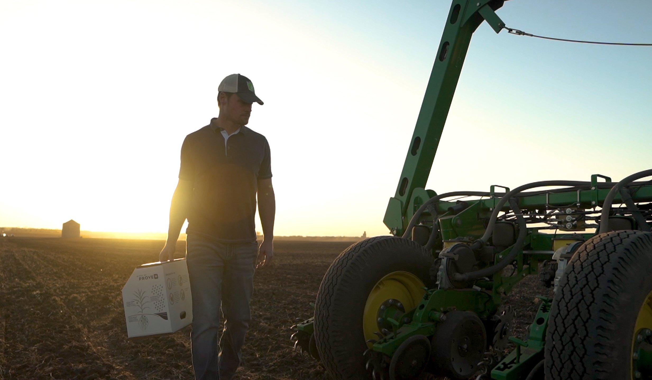 Pivot Bio PROVEN™ Farmer photo